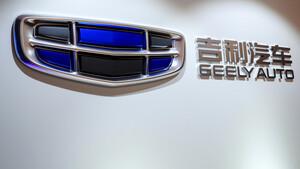 Daimler‑Großaktionär: Schlägt Geely in Großbritannien zu?