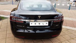 Tesla: Mega‑Deal mit FiatChrysler?!