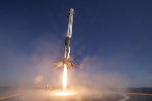 Amazon‑Chef Bezos und Tesla‑Chef Musk erobern das Weltall – Europa hat das Nachsehen