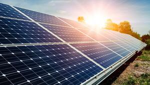 SMA Solar: Trotz Dividendenüberraschung – Aktie bricht massiv ein – die Details   / Foto: Shutterstock