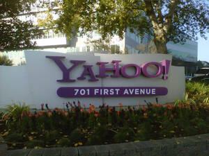 Yahoo mit dickem Verlust – Übernahmeangebote liegen vor
