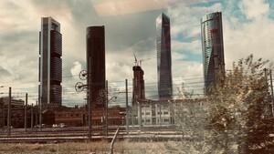 Santander im Strudel: Herbe Verluste durch Mega‑Abschreibungen