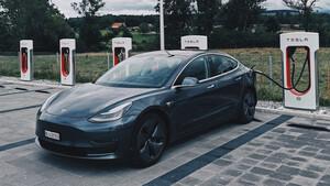 Tesla: Tauschen statt laden – China fördert alte Idee