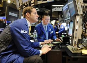 Schlussglocke: Biden‑Pläne grätschen Dow und Nasdaq weg  / Foto: Shutterstock