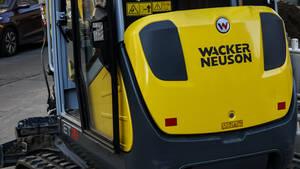 AKTIONÄR‑Tipp Wacker Neuson: Vorstand geht, Aktie fällt – was nun?