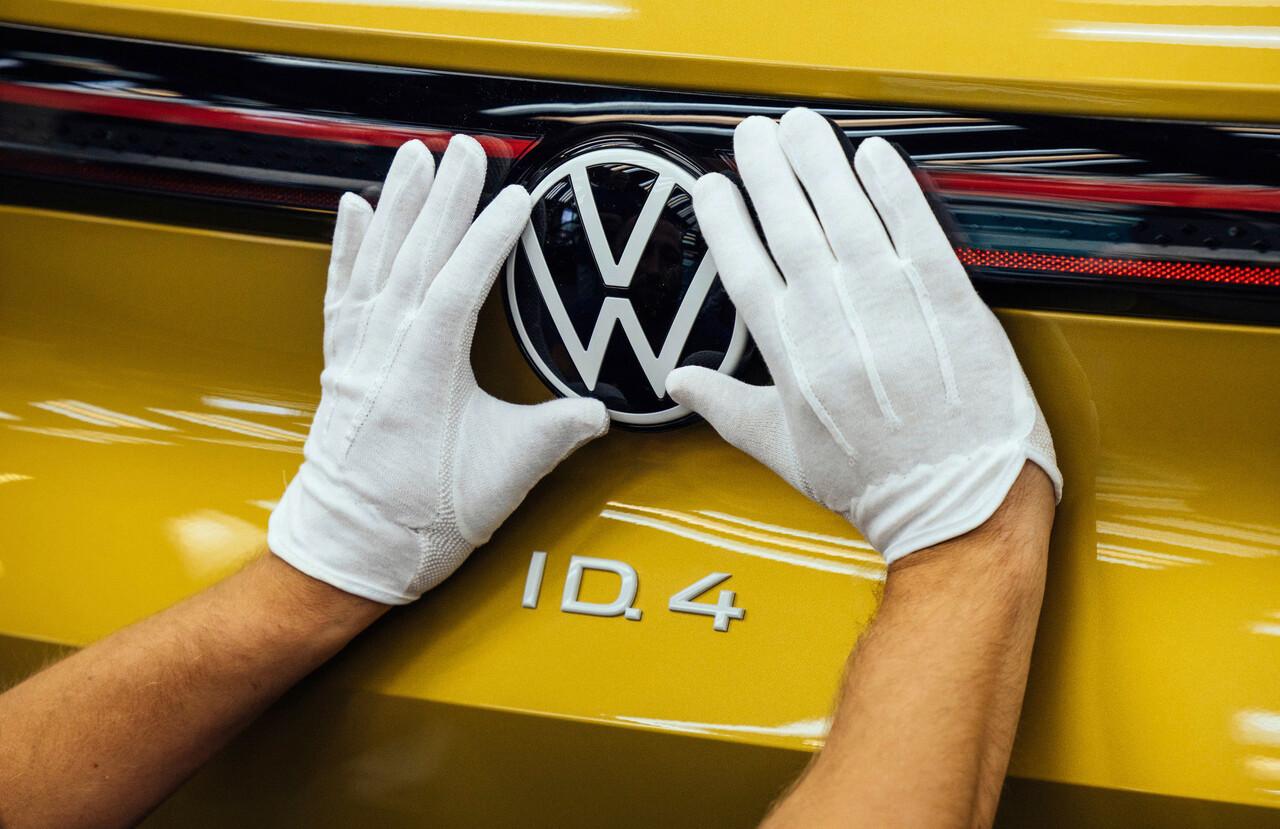 """Dudenhöffer: """"Abschied vom Diesel nicht mehr aufzuhalten"""" – VW setzt auf Zukunftstechnologien"""