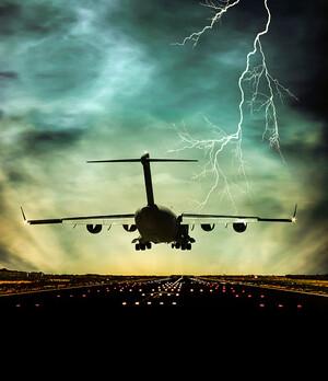 Lufthansa: Zwei Drittel aller Beschäftigten betroffen – Aktie erneut im Sinkflug, was nun?