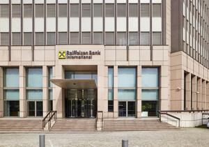 Raiffeisen Bank: Wegen Russland‑Sanktionen unter Druck
