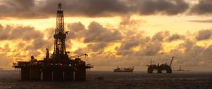 Ölpreis im freien Fall ‑ Experten sehen Brent bei 50 Dollar