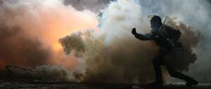 Taser‑Aktie elektrisiert: Das große Geschäft mit der Überwachung